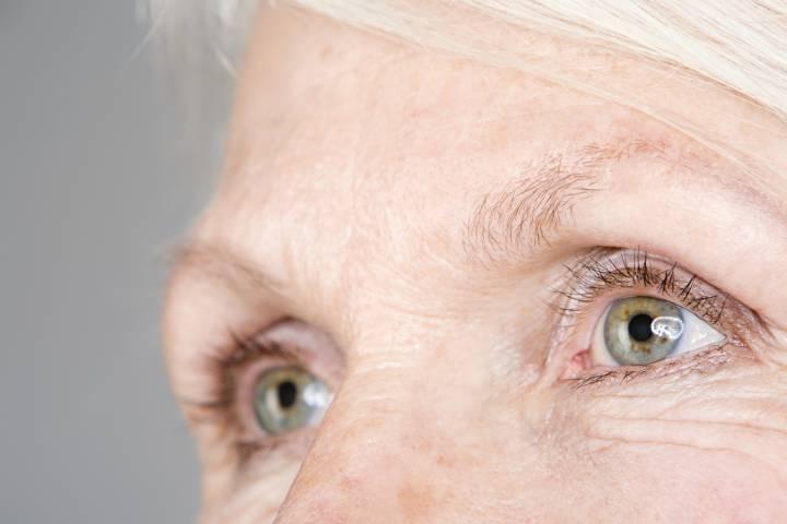 closeup of a woman's eyes.